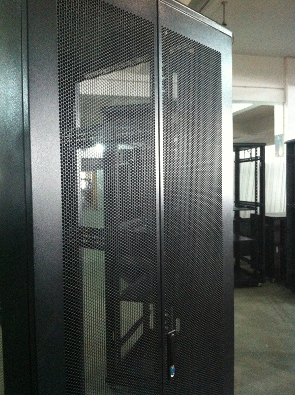 19′′ Network Cabinet with Arc Wave Perforated Door