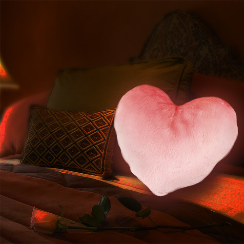 china glowing led heart pillow vs 988 china cupids cushion led pillow. Black Bedroom Furniture Sets. Home Design Ideas