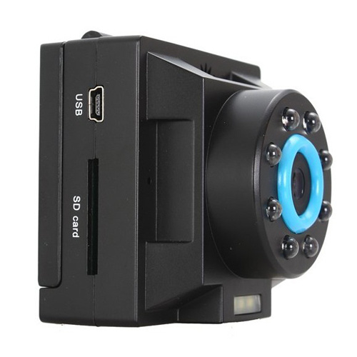 HD 1280x720 Resolution 140 Degree Angle Night Vision Support 32 GB Car DVR