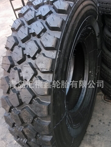 Military Tires 255/100r16, 15.5-20 Truck Tire with Good Quality