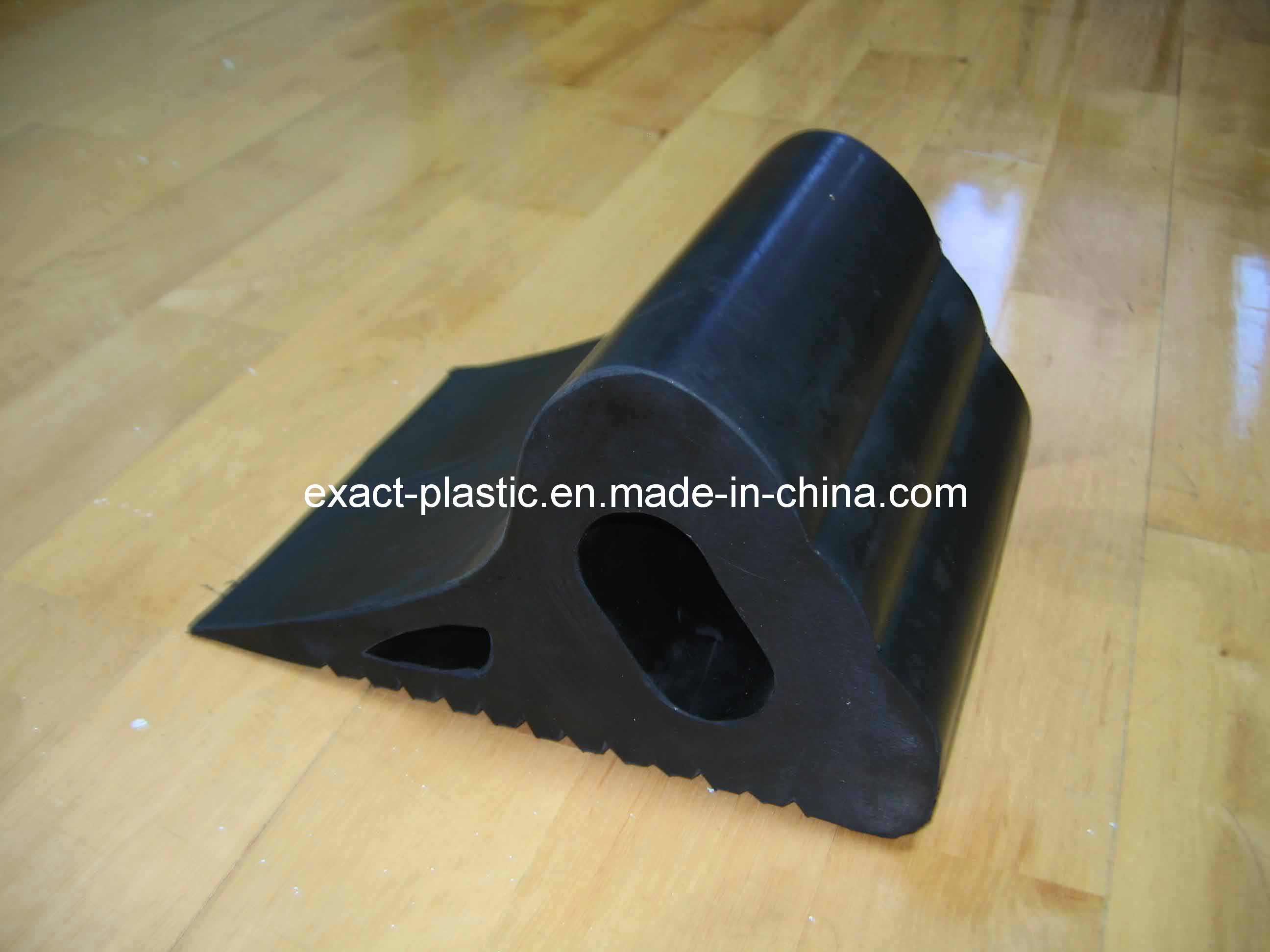 Rubber Wheel Chock / Buffer