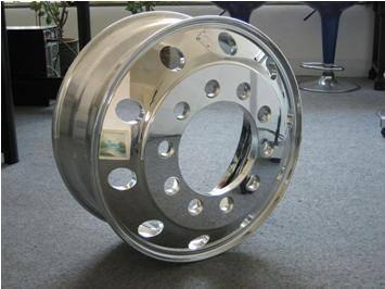 Alloy Wheel for Truck Tire - Hot