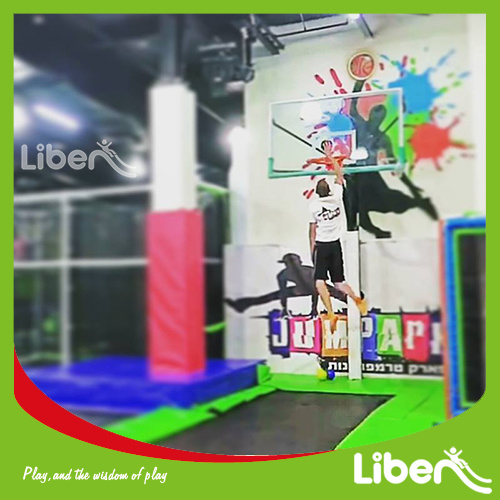 TUV Approved Big Trampoline Workout with Foam Pit Trapeze