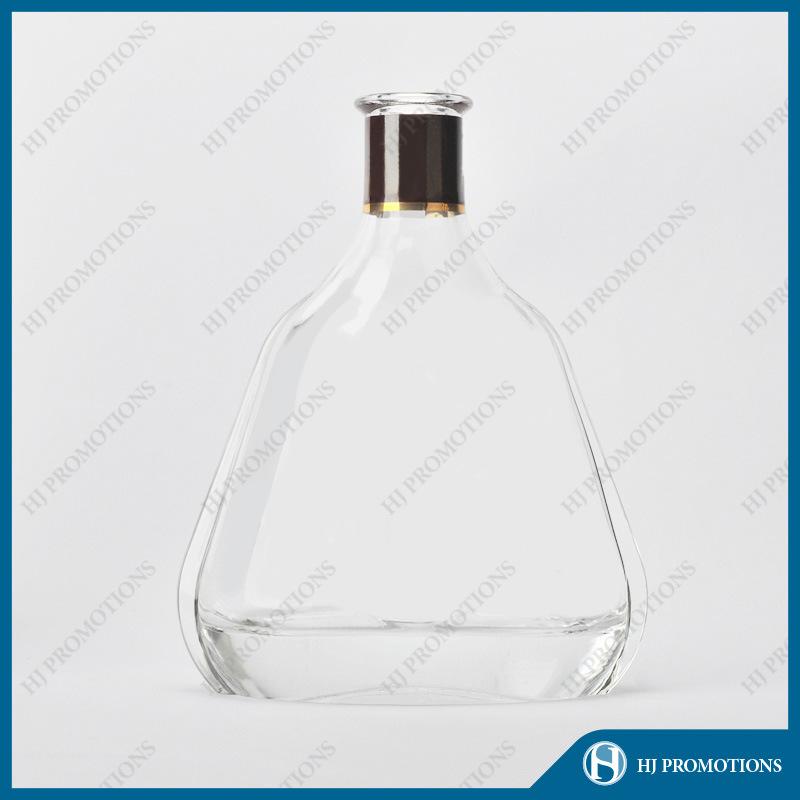 700ml Whisky Glass Bottle with High Quality (HJ-GYTN-C05)