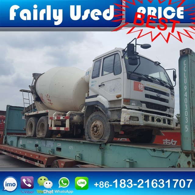 Loading Vietnam Used Nissan Ud Truck Mixer