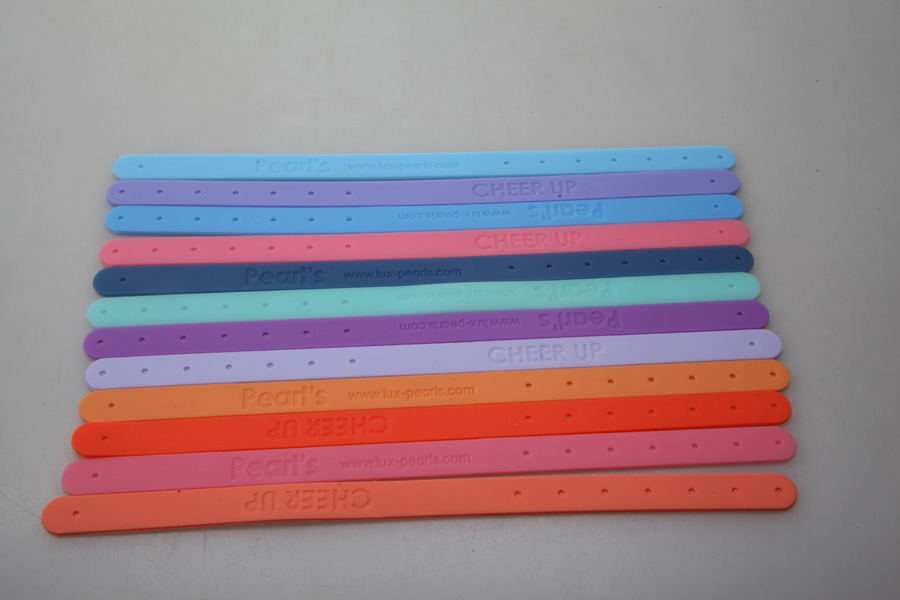 Promotional Cheap Mini 12 Color Belt