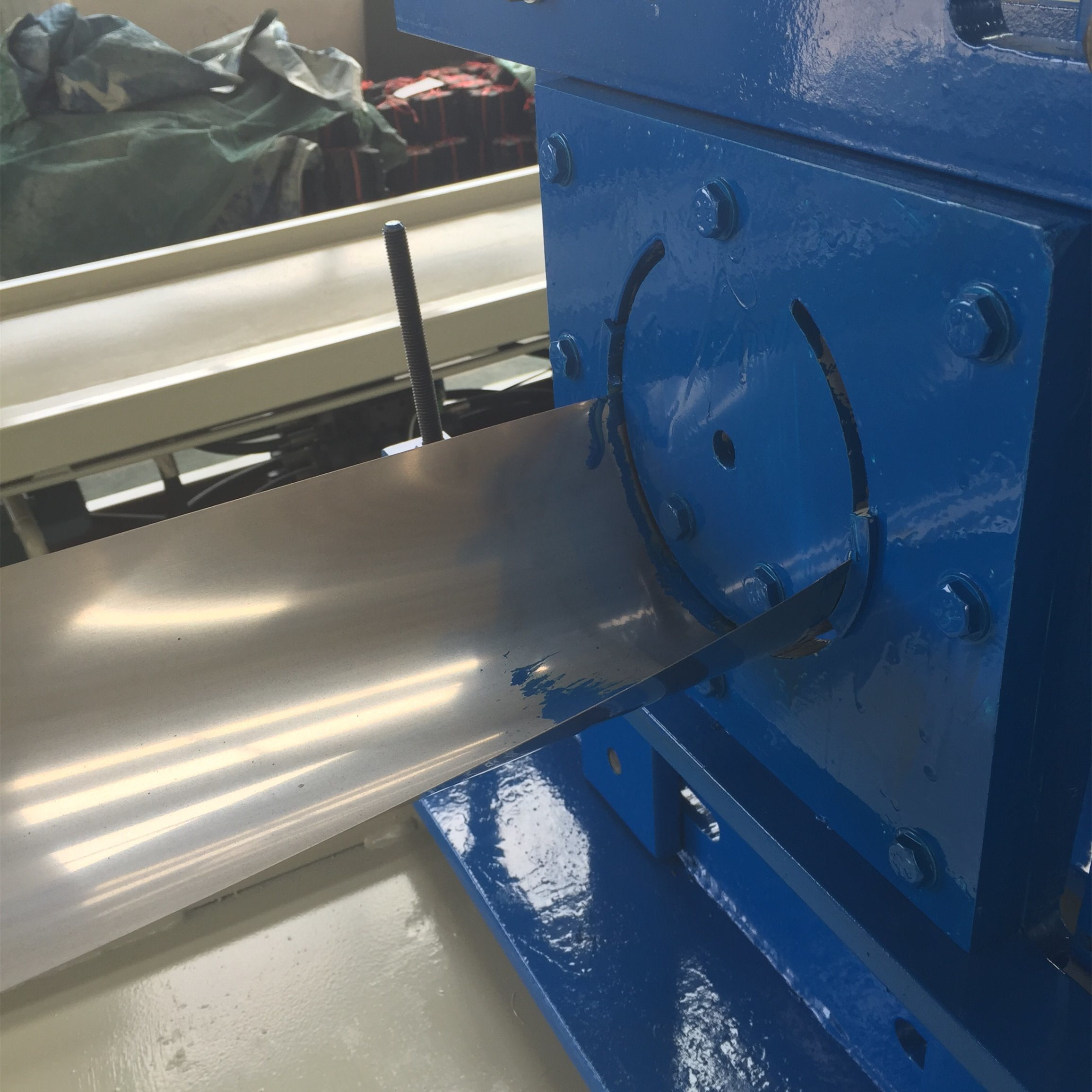Overseas Service Stainless Steel Corrugated Pipe Forming Machine