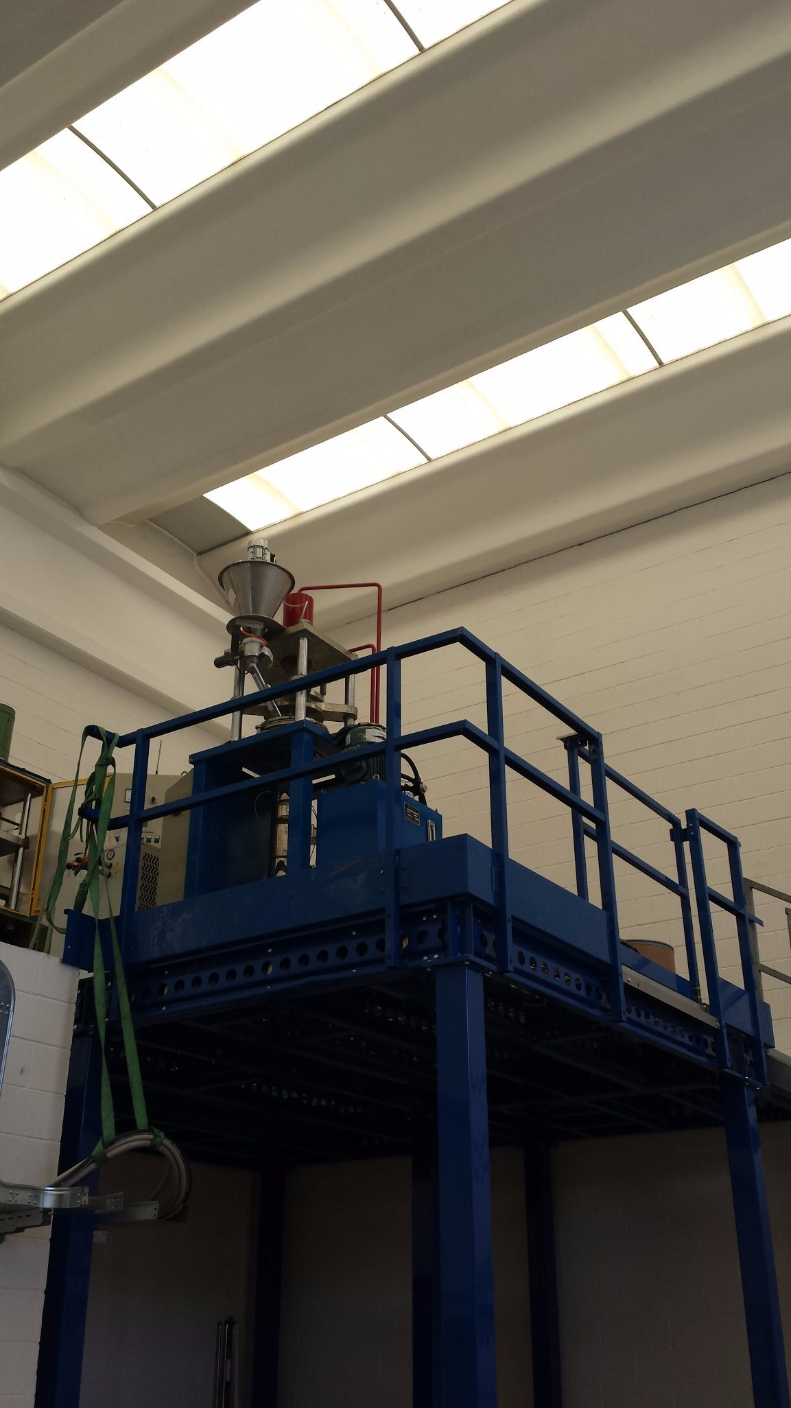 Automatic Vertical PTFE Rod RAM Extrusion Machine (HX-30L)