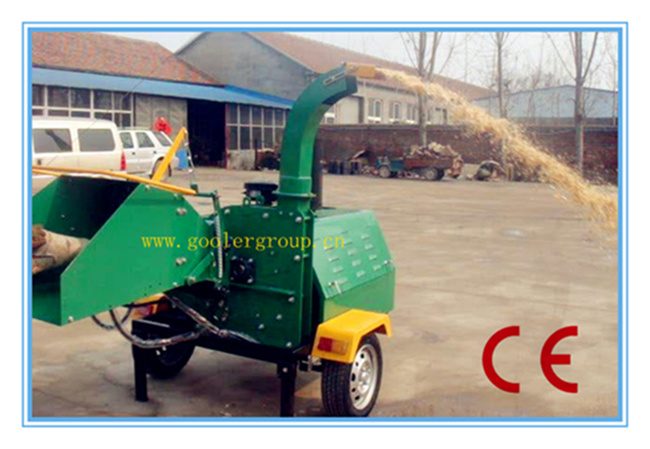 Ce Diesel Engine Wood Chipper Shredder, Two Hydraulic Feeding Rollers, Mobile/ATV Tow