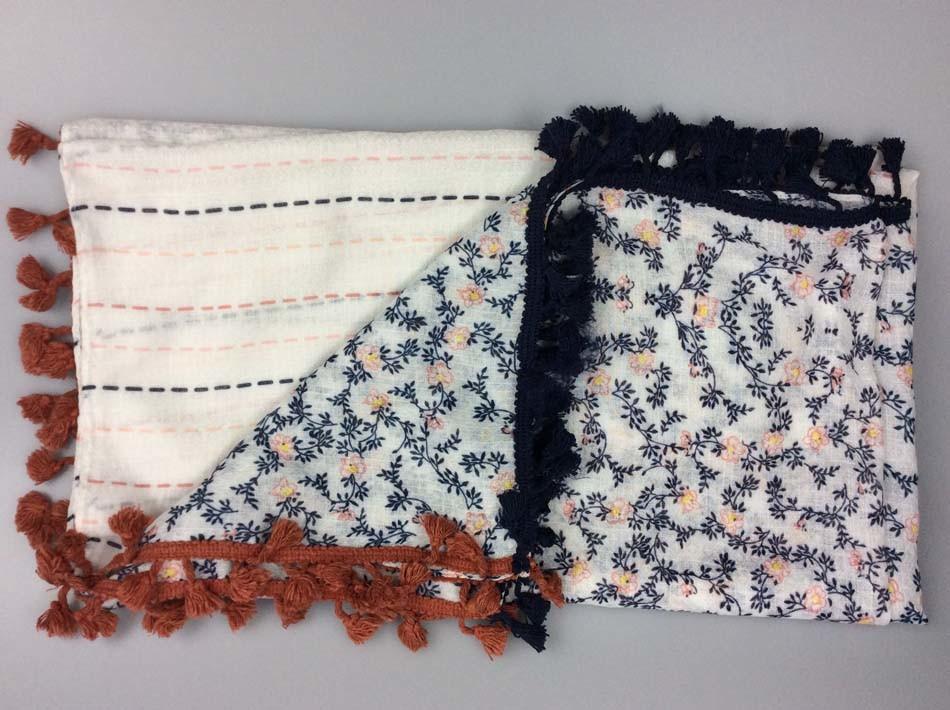 Fashion Printing Scarf with Cotton Tassel Fashion Accessory Supplier