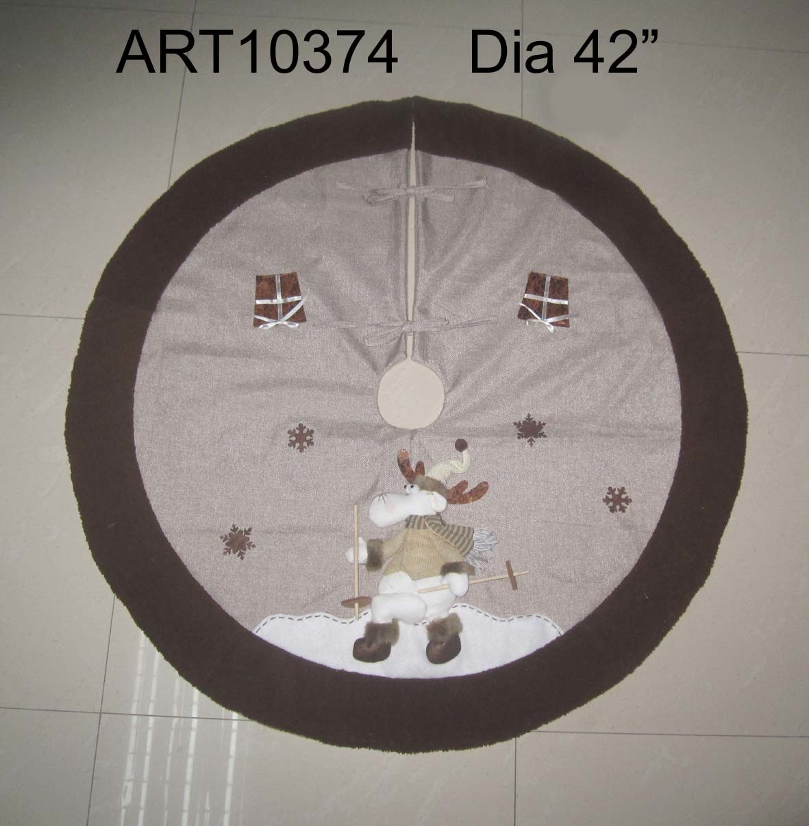 "Dia 42"" Skating Reindeer Jute Tree Skirt with Furry Trim-Christmas Decoration"