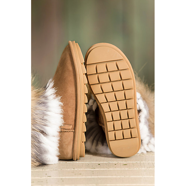 Women′s Sheepskin Boots with Raccoon Fur Trim and Rabbit Fur
