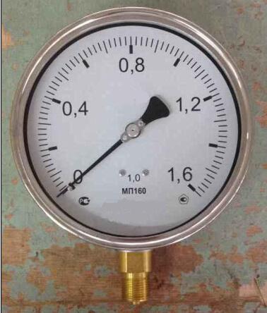"4"" Crimped Ring Pressure Gauge"