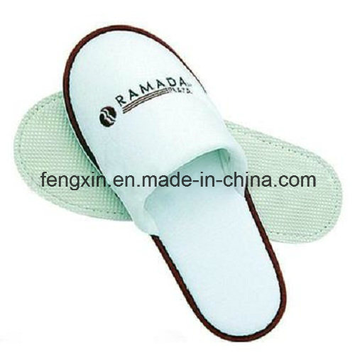 Closed Toe Disposable Hotel Slipper