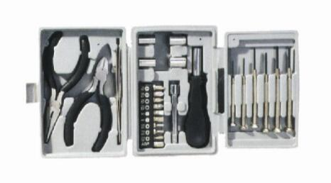 26 PCS Top Seller Less Than 3 USD Household Hardware Tool Set Tool Parts