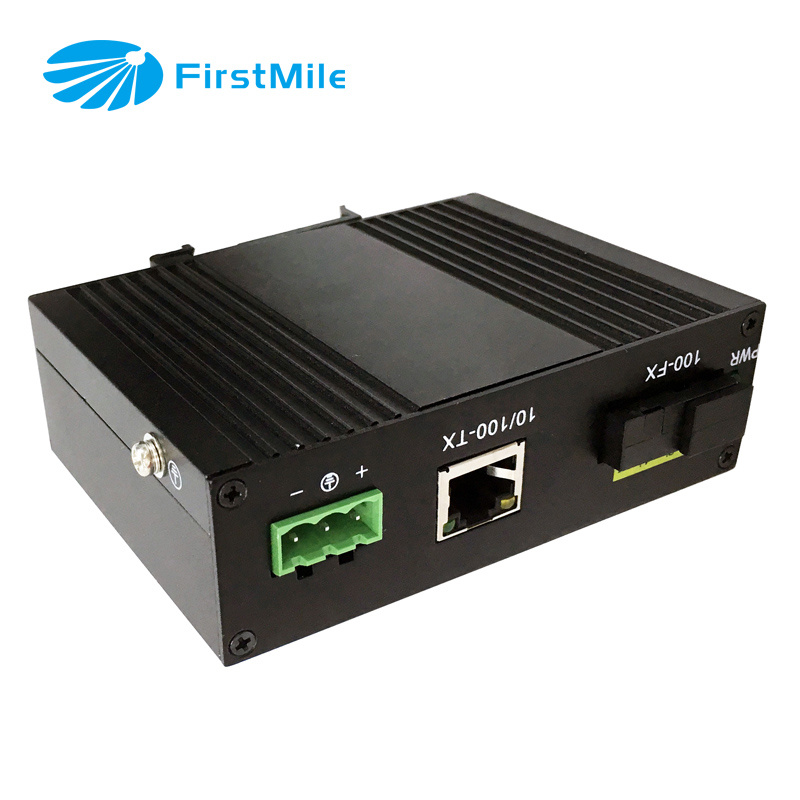 Managed Fiber Media Converter with Fast Ethernet