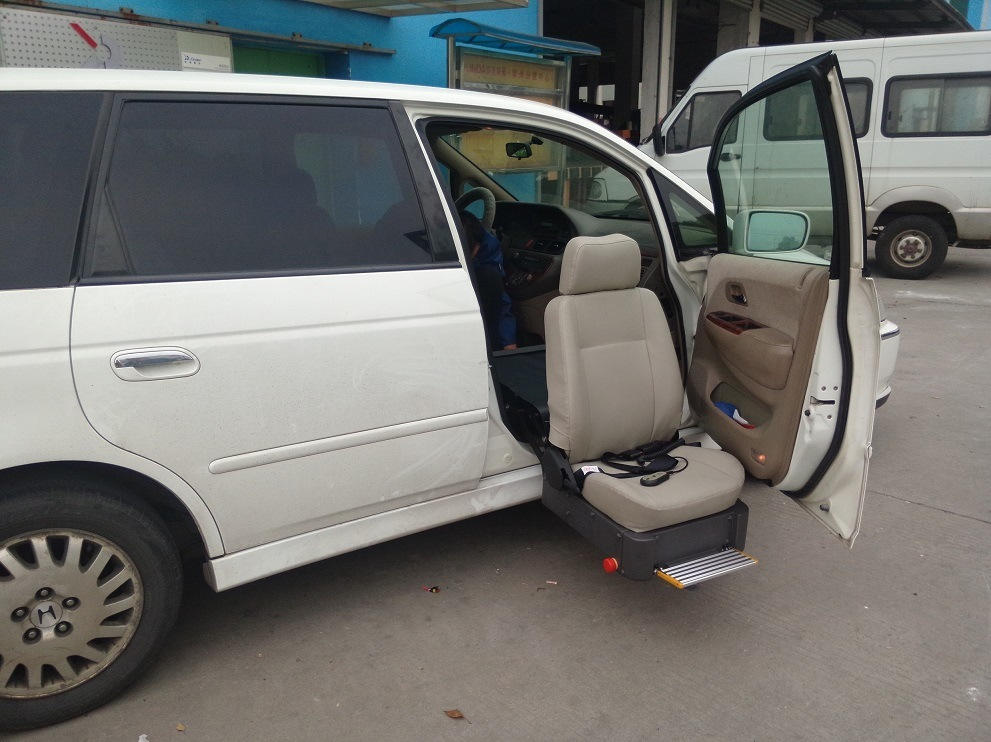 Special Swivel Car Seat for Diaabled and Old People