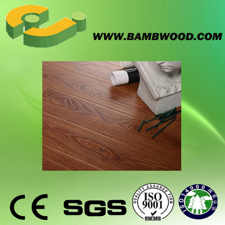 Anti-Slip CE Waterproof Laminate Flooring