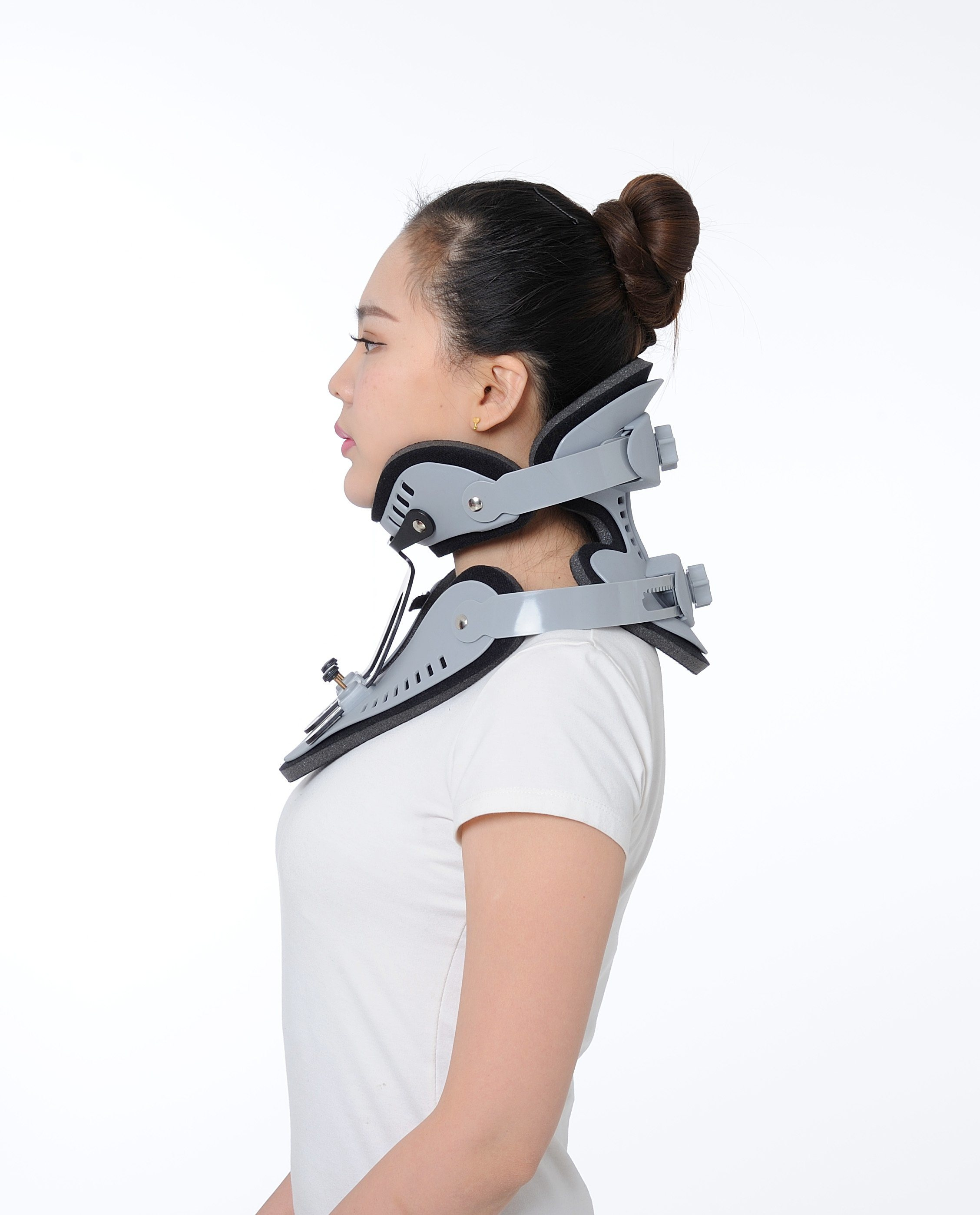 Manufacture OEM High Quality Adjustable Orthopedic Cervical Collar or Neck Brace or Neck Collar