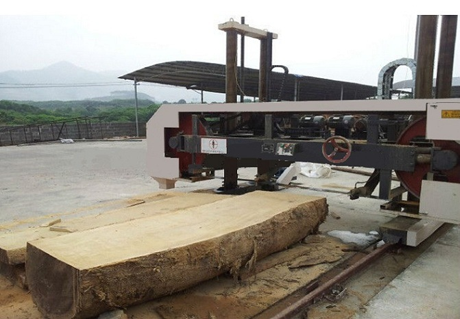 Large Diameter Horizontal Wood Band Saw
