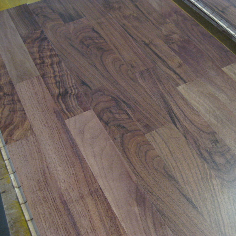 The gallery for natural walnut wood flooring for Walnut flooring