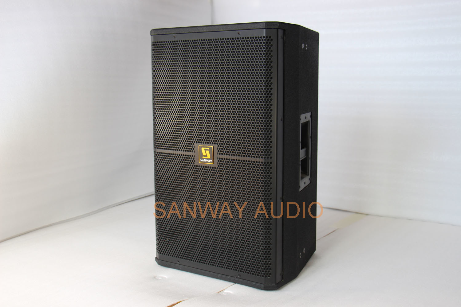 Srx715 Single 15′′ Passive / Active Professional Speaker