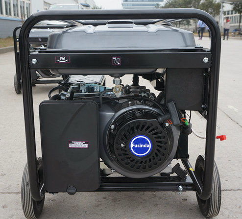 5kw/5kVA Electric Power 220/380V Electric Gasoline Generator with Ce, M6500e