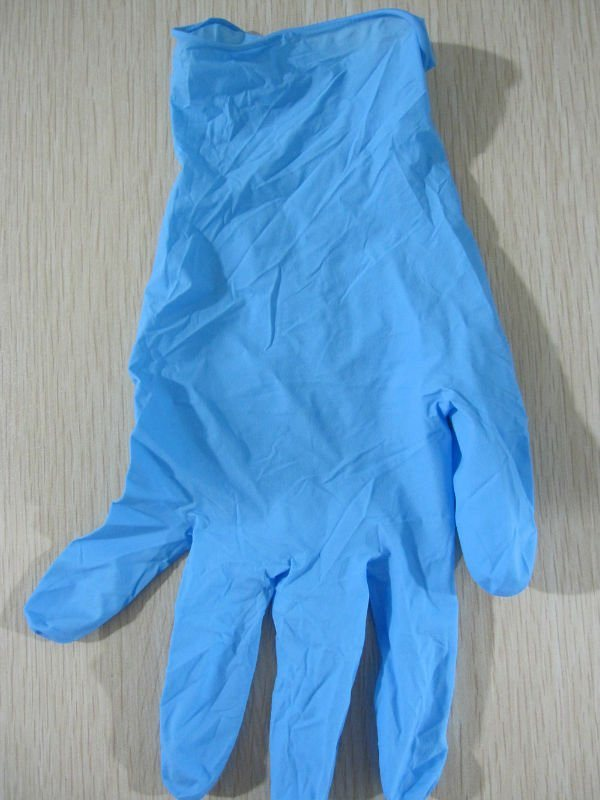China Factory Hot Sold Stock for Non Sterile Nitrile Disposable Gloves (Powder Free)