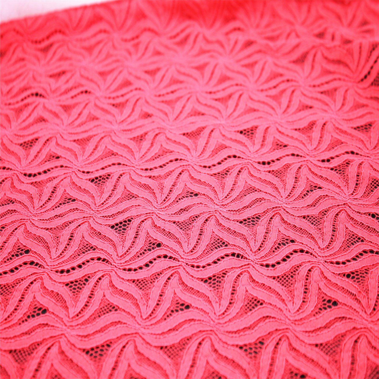 New Design Polyster Lace Fabric for Wholesale
