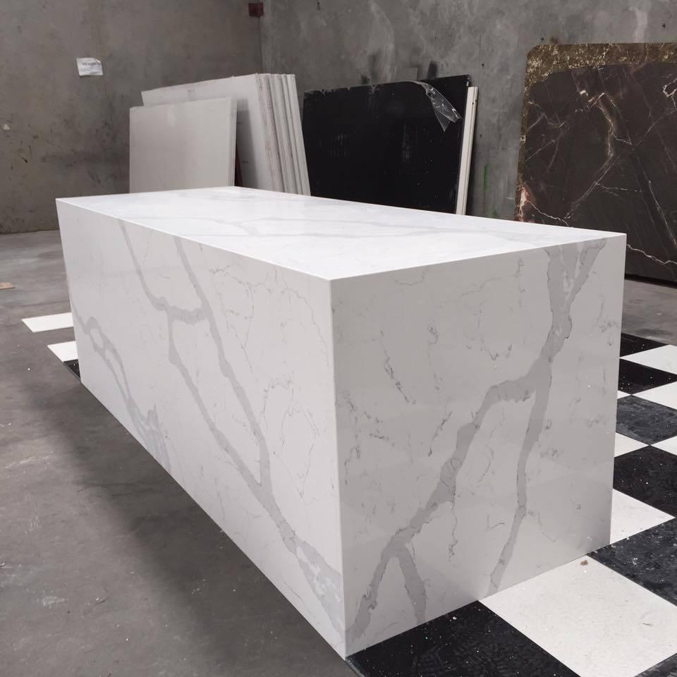 Hot Sale Cheap Kitchen Artificial Carrara Marble White Stone Quartz Benchtop Wholesale