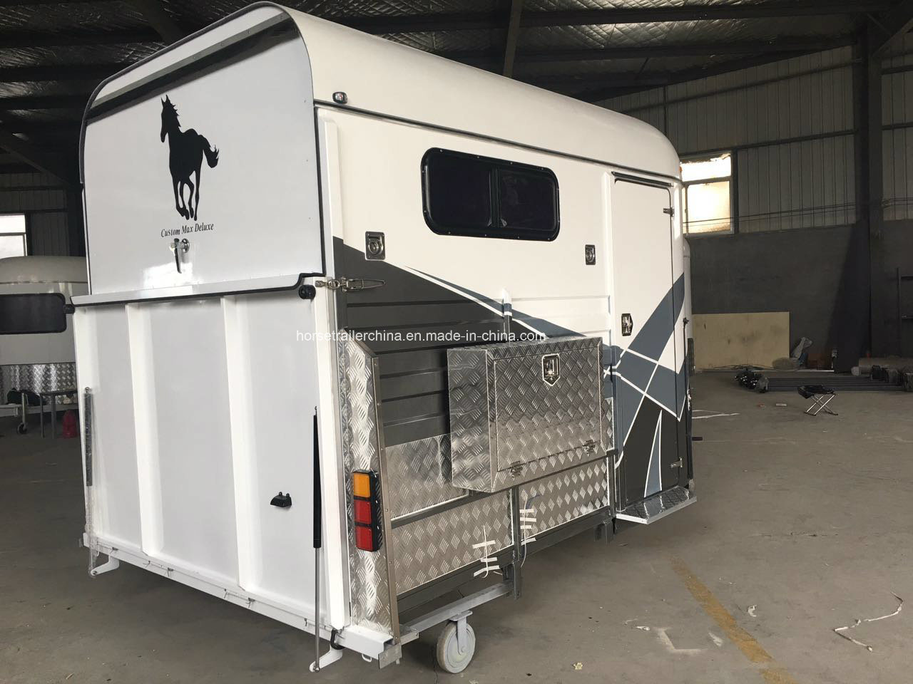 Two Horse Straight Load Deluxe Horse Float with Cupboard