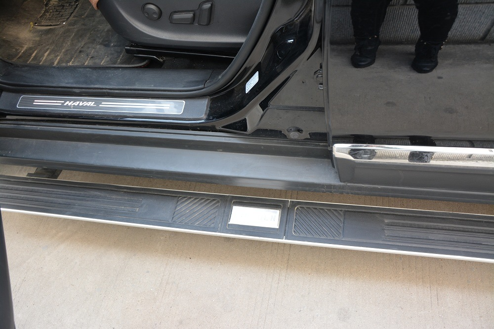 Highlander Electric Running Board for Toyota with Two Years Warranty