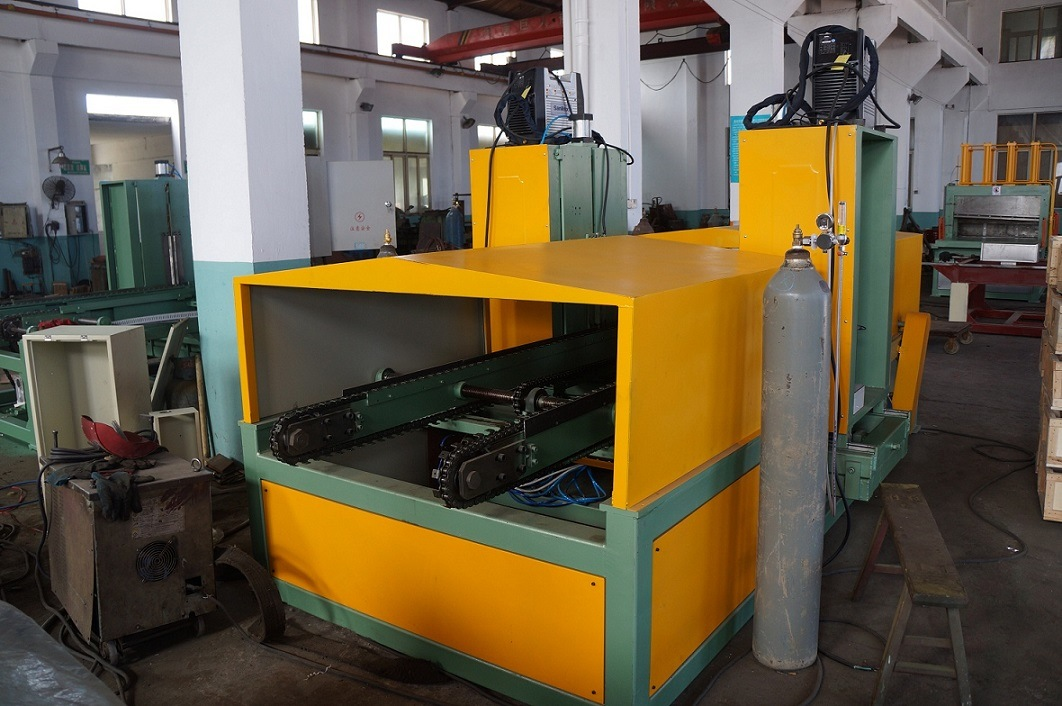 Corrugated Fin Welding Machine for Making Corrugated Tank (1300x400)