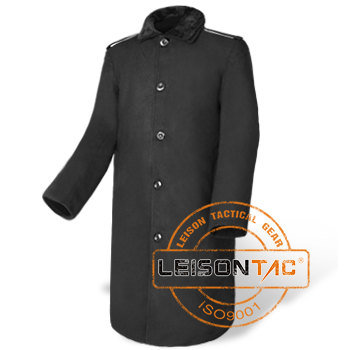 Long Parka for Winter Adopts a Very Cozy and Warm-Keeping Composited Material with Fur Lining for Inner Part