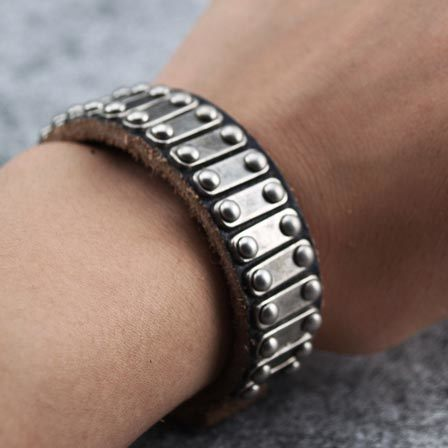 Fashion jewellery fashion jewelry leather for Rivets for leather jewelry