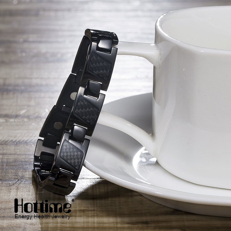 Hottime Carbon Fiber Ta2 Titanium Bracelet with Good Quality