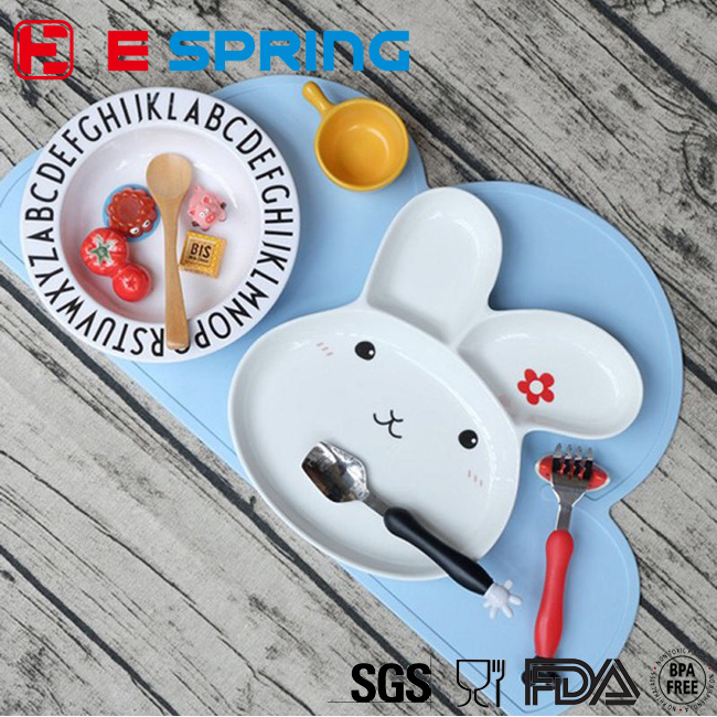 Hot Ins Design Washable Portable Kids Baby Cloud Silicone Placemat