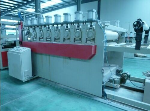 Plastic Machinery-WPC Construction Formwork Extrusion Machine