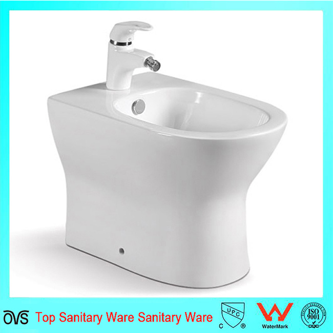 New Design Ceramic Personal Toilet Bidet