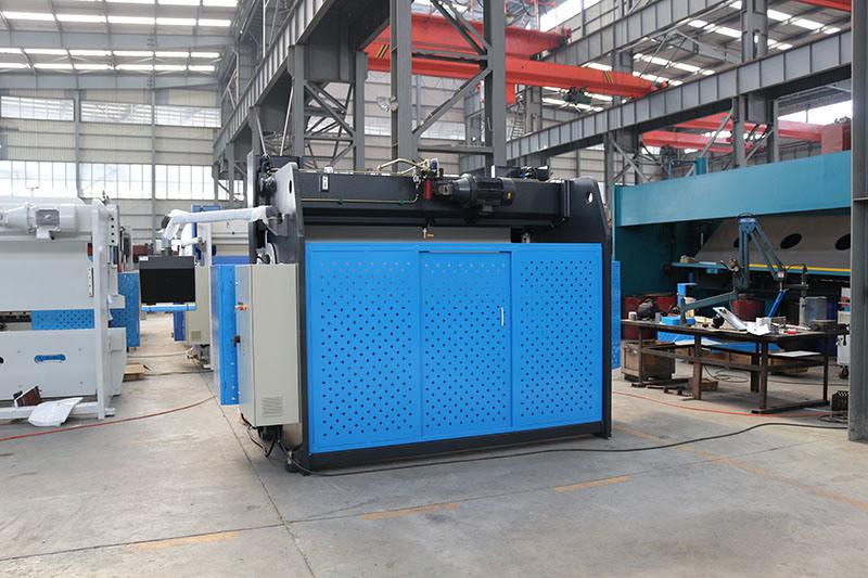 Da66t MB8 100tx3200mm Press Brake Machine with Ce
