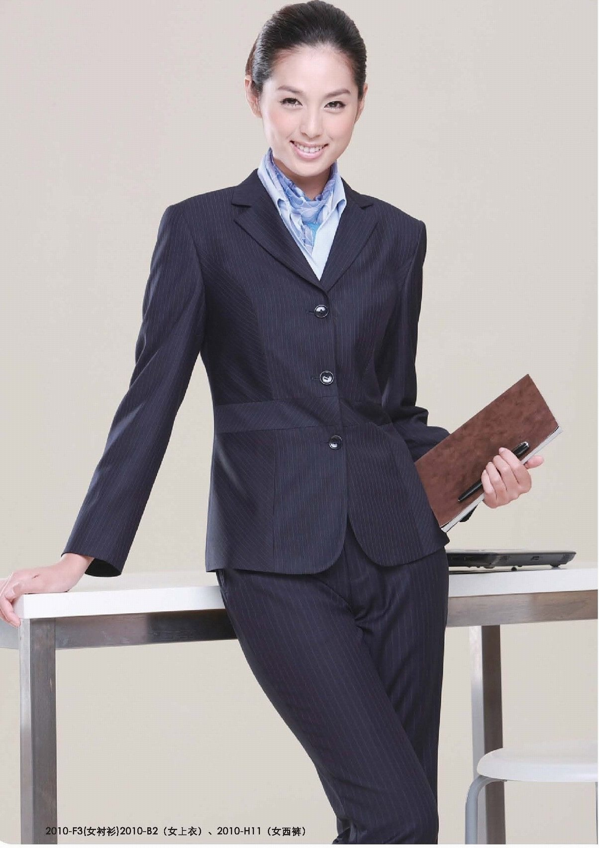Find Women's Business Uniforms and other types of Women's Pants at Lands' End.