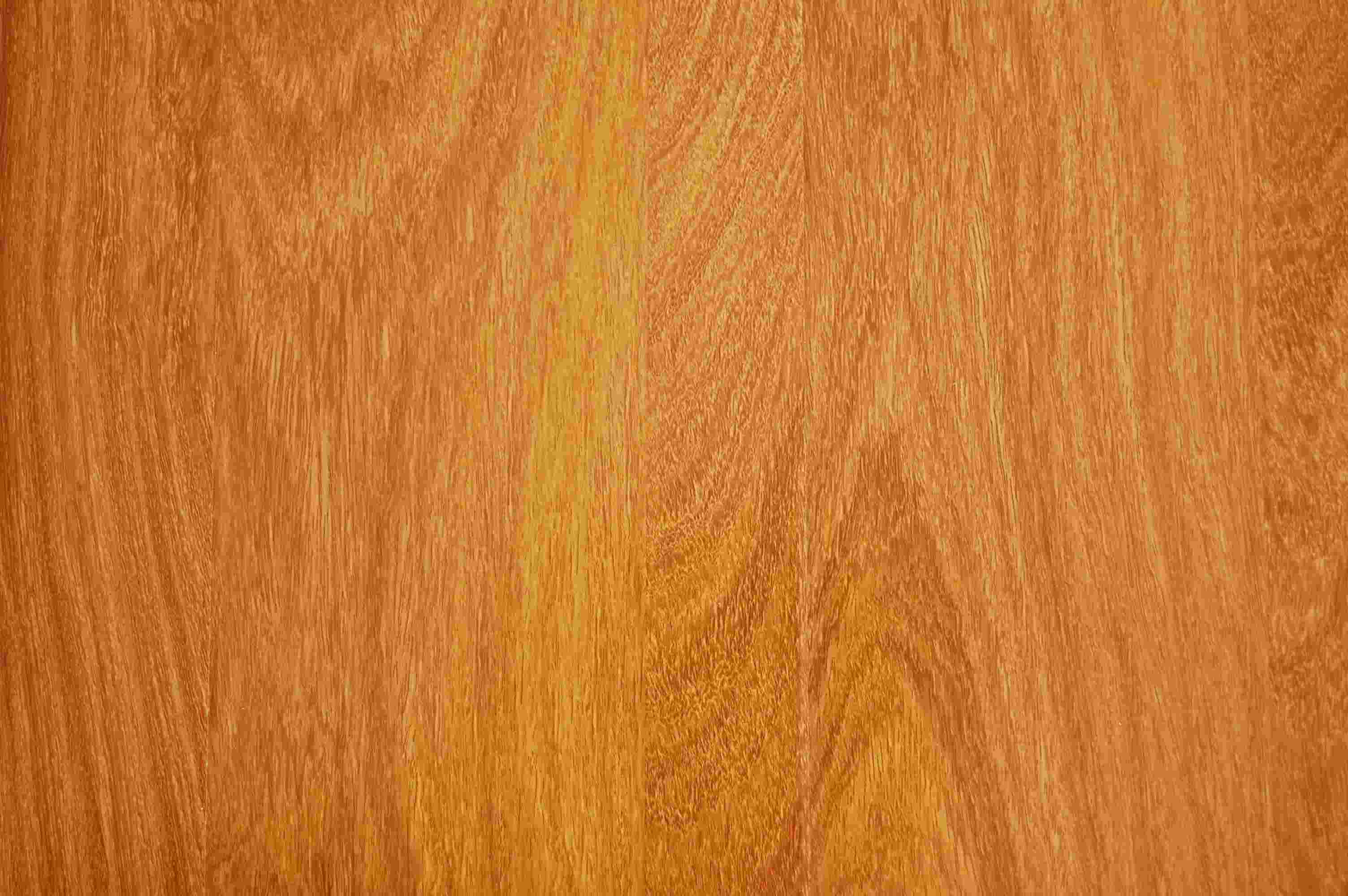 Engineered hardwood vs laminate wood flooring wood floors for Hard laminate flooring