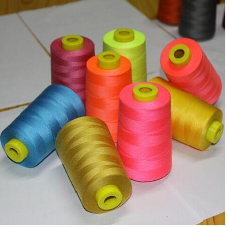 Ne 20/4 3000 Meters Per Cone White 100% Spun Polyester Sewing Thread Yarn