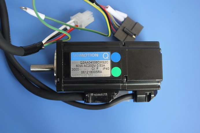YAMAHA Yg200 R Axis AC Servo Motor 90k63-001305 Q2AA04006dxs2c
