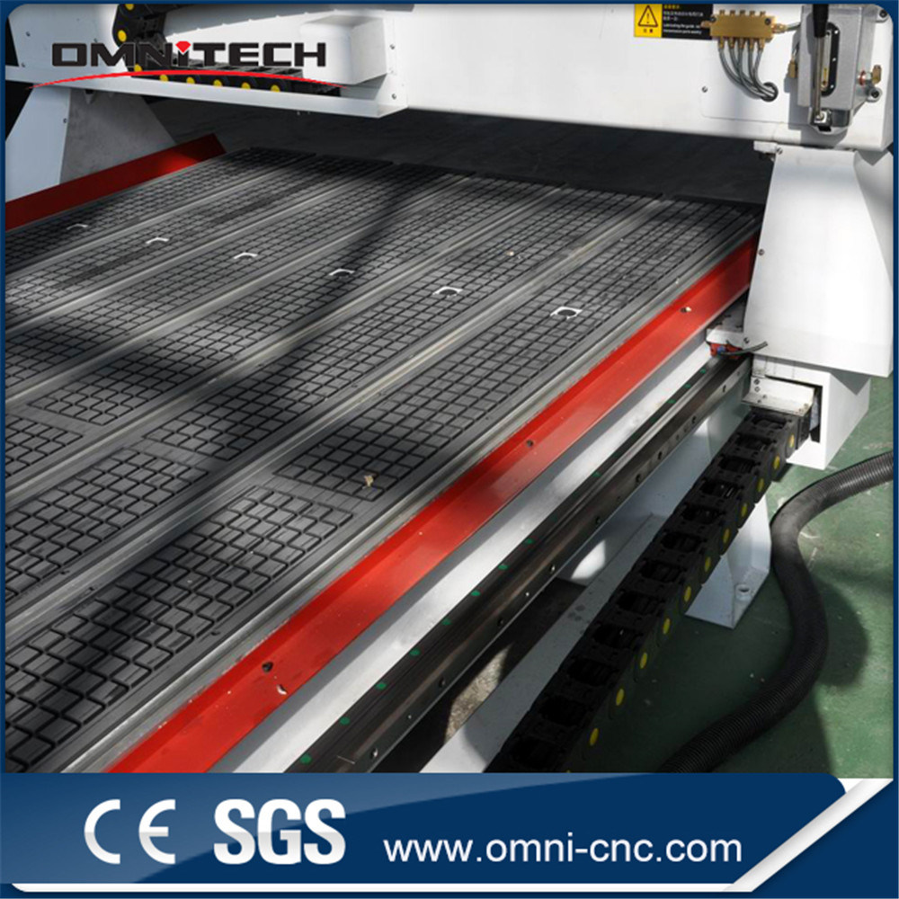 Omni Wood Working CNC Router (OMNI1325) with SGS