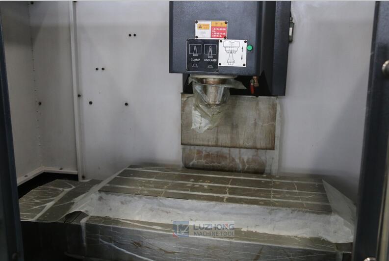High Performance Milling Xk7125 Mini CNC Milling Machine