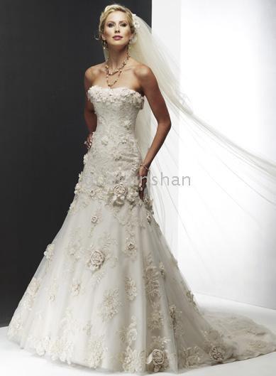 Wedding Flowers For Dress