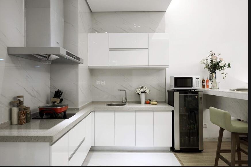 2017 Modern Design High Glossy Home Furniture Kitchen Cabinet Yb1710516