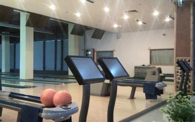 Bowling Equipment for Bowling Center