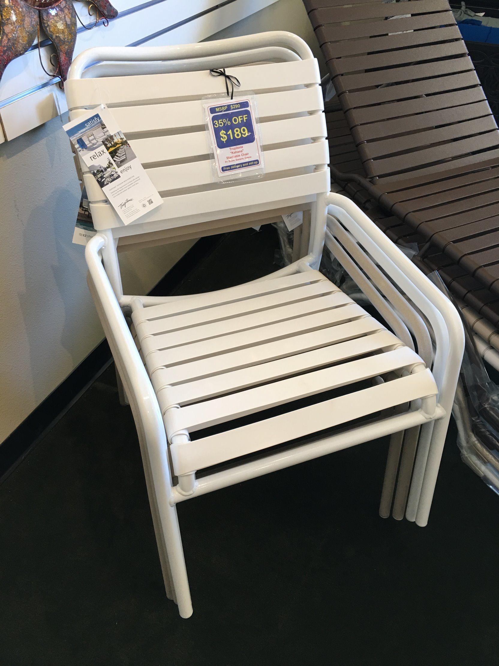 Well Furnir Vinyl Straps Garden Chair